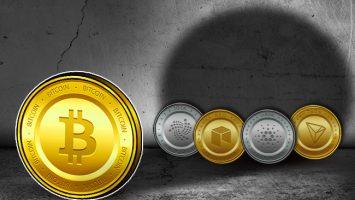 Dump-Altcoins-Buy-Bitcoin-says-Wall-Street-Analyst-Spencer-Bogart