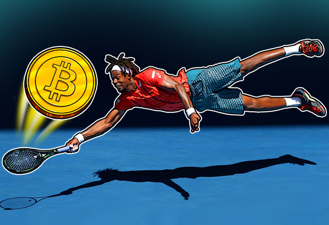 Gael-Monfils-diving-to-hit-a-Bitcoin