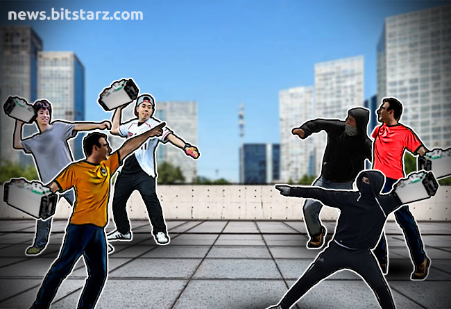 Bitcoin-Cash-War-Intensifies-as-Miners-Draw-Battle-Lines