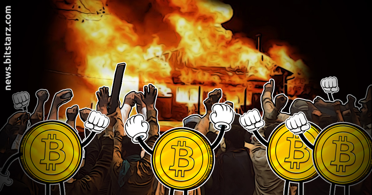 Angry Investors Loot and Burn Down Bitcoin Ponzi Scammer's